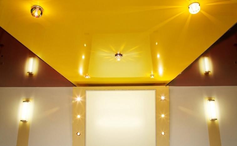 Цветные натяжные потолки Пермь